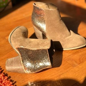 Tan Suede and Gold glitter Size 6 ankle boots